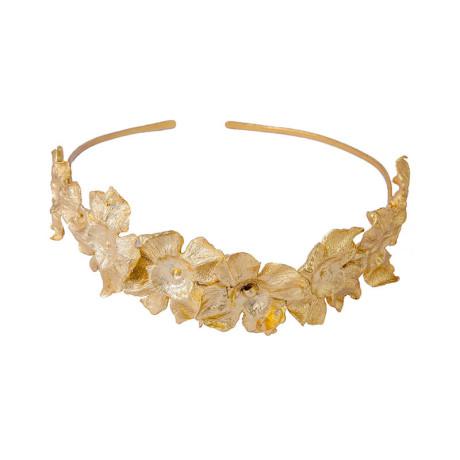 800px_0000s_0000_ines-sainz-tiara-petalos-orquidea-new