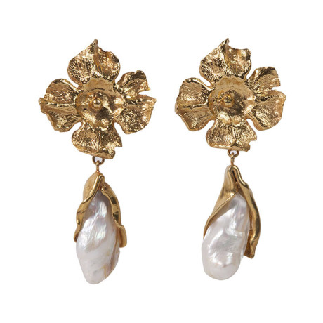 800px_0002s_0007_ines-sainz-pendientes-petalos-orquidea-perla-grande